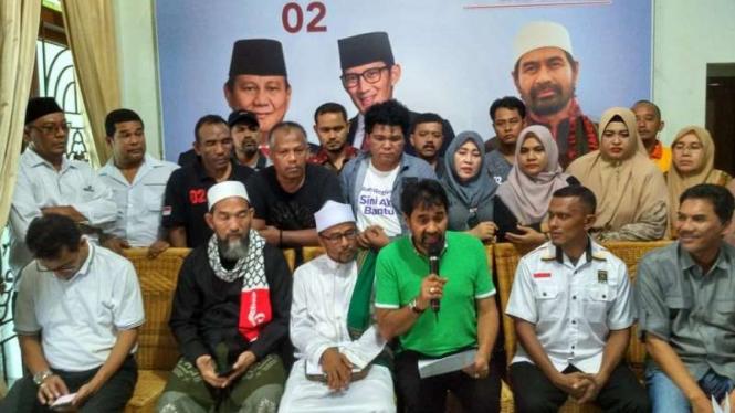 Tim BPN Aceh saat mengumumkan hasil Real Count internal suara Prabowo-Sandi