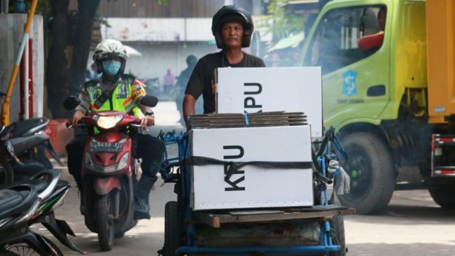 Distribusi Logistik Hasil Pemilu