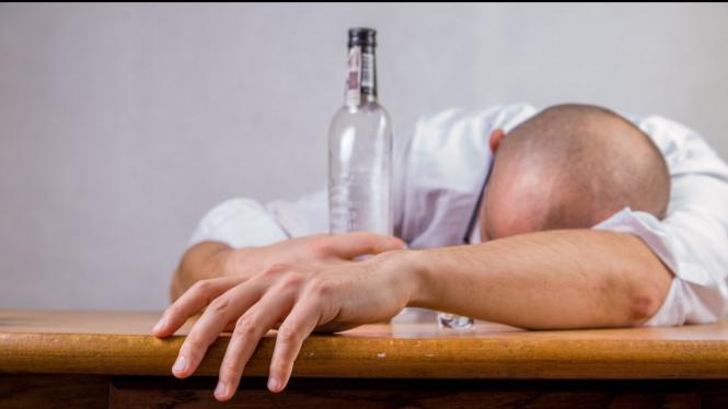 Ilustrasi mabuk alkohol.