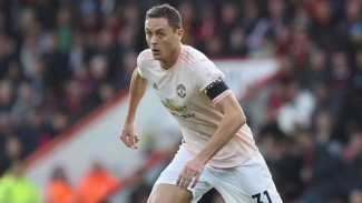 https://thumb.viva.co.id/media/frontend/thumbs3/2019/04/22/5cbd36e0f125b-gelandang-manchester-united-nemanja-matic_325_183.jpg