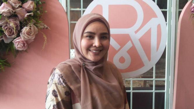 Desainer busana muslim, Ria Miranda