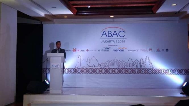 Chairman APEC Business Advisory Council Indonesia, Anindya N Bakrie, dalam pembukaan forum itu di Hotel Shangri-La, Jakarta, Selasa malam, 23 April 2019.