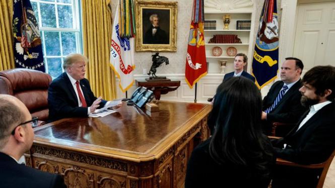 Presiden Donald Trump bertemu dengan pendiri Twitter, Jack Dorsey