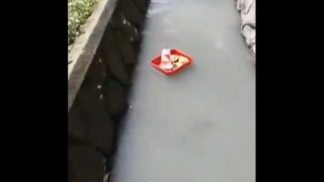 Floating breakfast kearifan lokal