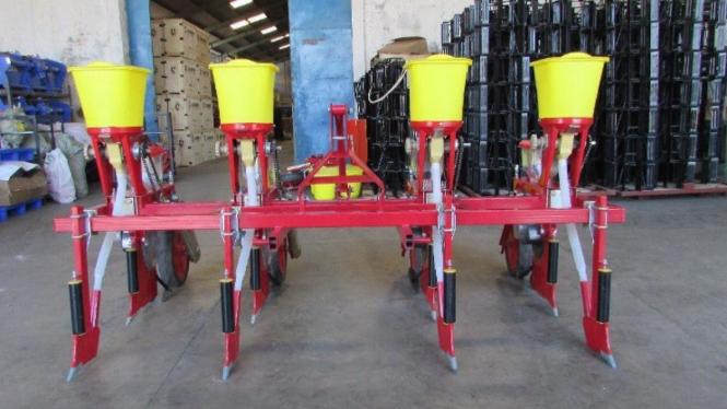 Alat mesin pertanian (alsintan).