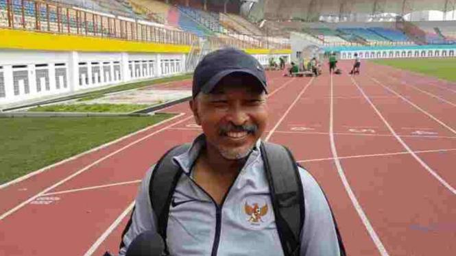 Pelatih Timnas Indonesia U-19, Fakhri Husaini