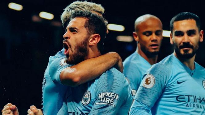 Gelandang Manchester City, Bernardo Silva, rayakan gol