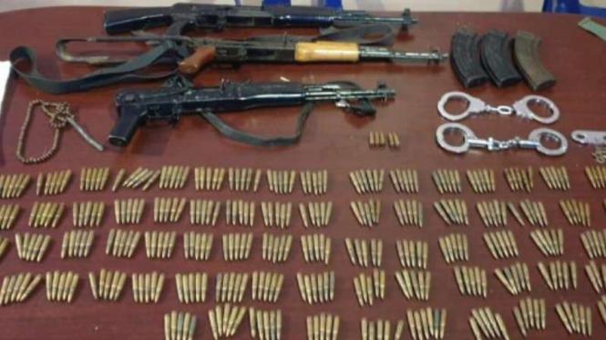 Polisi sita senjata milik KKB di Aceh, Kamis, 25 April 2019.