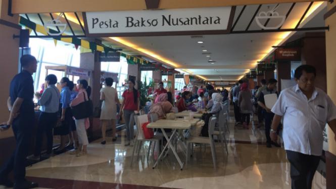 Pesta Bakso Nusantara di Pondok Indah Mall.