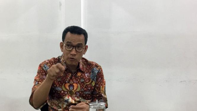 Pakar Hukum Tata Negara, Refly Harun saat berkunjung ke kantor VIVA di Jakarta