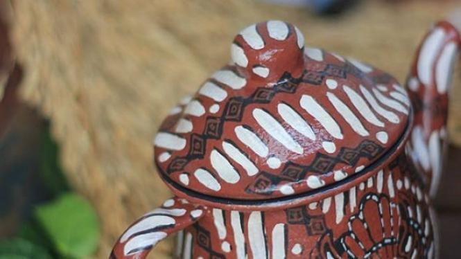 Teko batik wastraloka