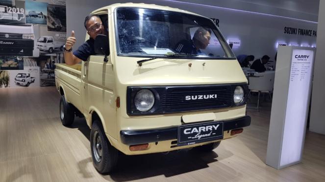 Suzuki Carry ST20 lansiran 1981