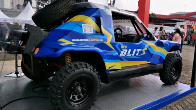 Mobil listrik Blits, karya Universitas Budi Luhur (UBL) dan ITS