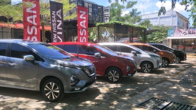 All New Nissan Livina test drive