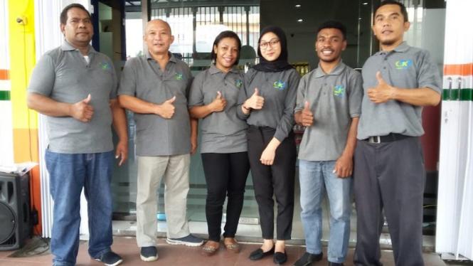 Toko Karya Toko Retail Modern Berkonsep Koperasi Melantai.