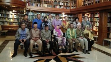 Para tokoh masyarakat berkumpul di kediaman Presiden ke-3 BJ Habibie