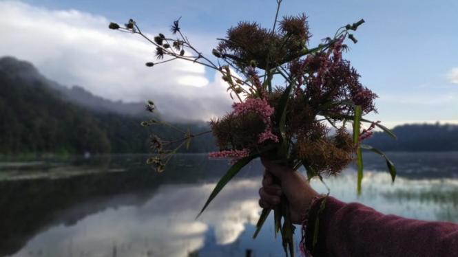 Danau Tamblingan.