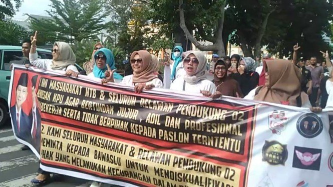 Relawan Prabowo-Sandi di Lombok, NTB