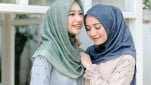 https://thumb.viva.co.id/media/frontend/thumbs3/2019/05/02/5ccb05cba7319-koleksi-vanilla-hijab_151_85.jpg