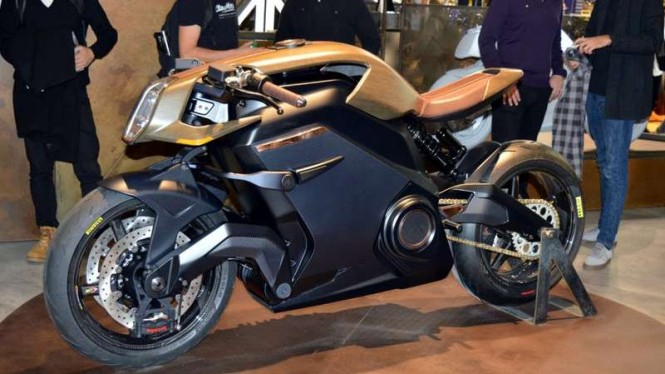 Sepeda motor canggih, Arc Vector