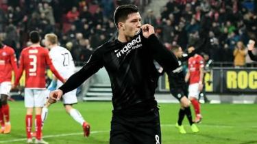 Penyerang Eintracht Frankfurt, Luka Jovic