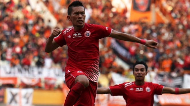 Bek Persija Jakarta, Ismed Sofyan cetak gol ke gawang Bali United