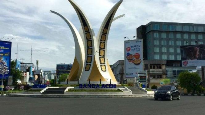 Simpang Lima Banda Aceh