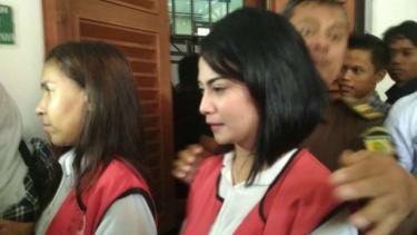 Vanessa Angel, artis FTV sekaligus terdakwa perkara penyebaran foto asusila, di Pengadilan Negeri Surabaya, Jawa Timur, pada Senin, 6 Mei 2019.
