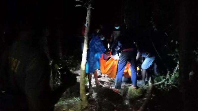 Kades Manggarai, NTT ditemukan tewas.