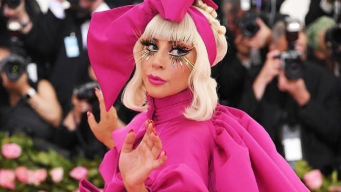 Lady Gaga di Met Gala 2019.