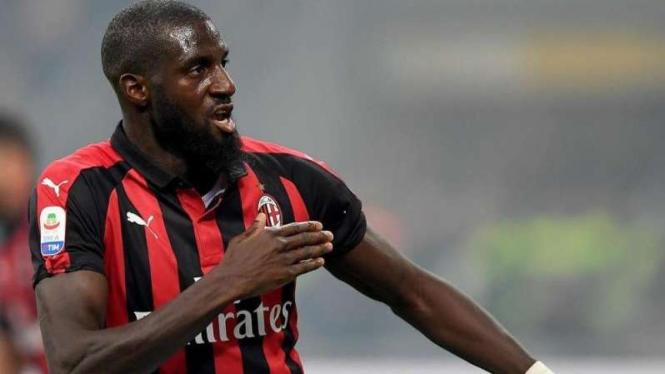 Gelandang AC Milan, Tiemoue Bakayoko