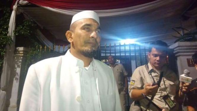 Ketua Umum FPI, Sobri Lubis.