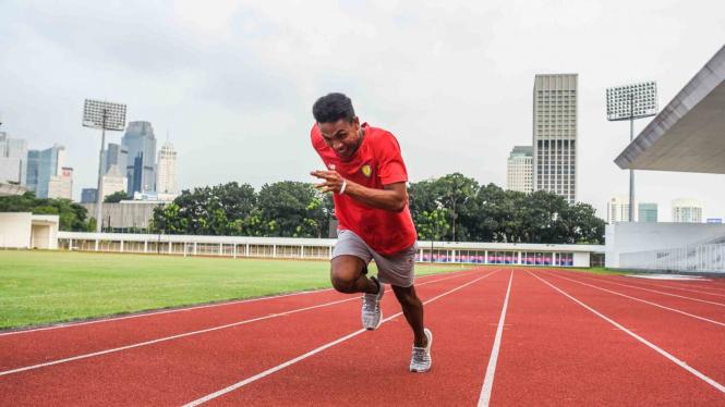 Pelari Estafet Muhammad Zohri melakukan sesi latihan di Stadion Madya, komplek Gelora Bung Karno, Selasa, 7 Mei 2019.