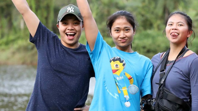 Para pemain ganda putri Indonesia; Apriyani Rahayu, Ni Ketut Mahadewi, Greysia Polii.