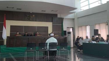 Nurkholis bersaksi  dalam sidang Habib Bahar bin Smith, di PN Bandung.