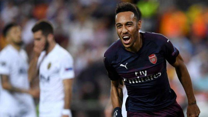 Striker Arsenal, Pierre-Emerick Aubameyang rayakan gol.