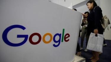 https://thumb.viva.co.id/media/frontend/thumbs3/2019/05/10/5cd4d7bf061ee-selain-gaji-ratusan-juta-google-istimewakan-karyawan-dengan-kebijakan-ini_375_211.jpg