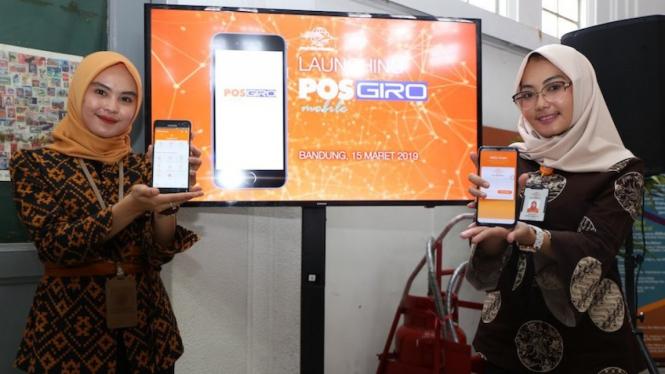 Peluncuran Pos Giro Mobile dari Pos Indonesia.