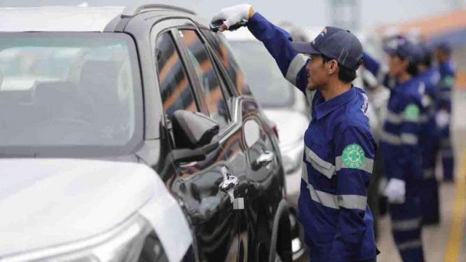 Ekspor Toyota Fortuner buatan Indonesia