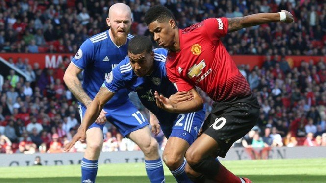 Pertandingan Manchester United vs Cardiff City