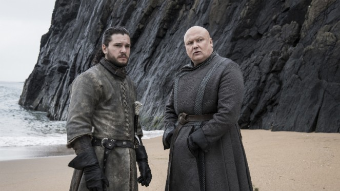 Jon Snow dan Lord Varys di Game of Thrones Season 8.