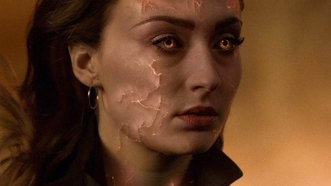Jean Grey (Sophie Turner) dalam Dark Phoenix.