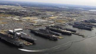 Pangkalan Militer Angkatan Laut Amerika Serikat.