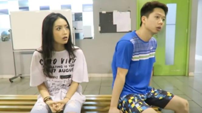 Natasha Wilona dan Kevin Sanjaya di video YouTube.
