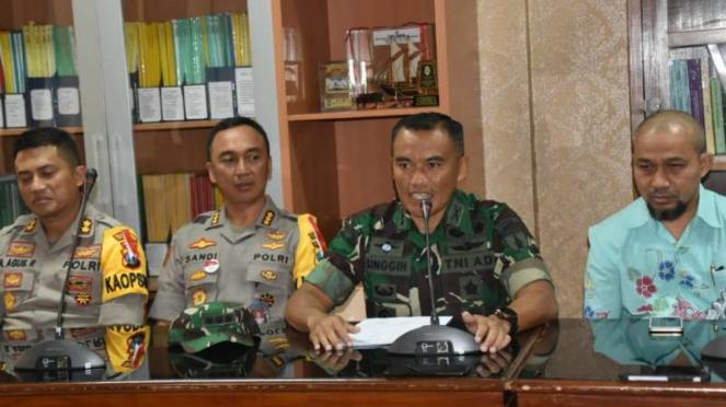 Kapendam V/Brawijaya Letkol Inf Singgih Pambudi Arinto, Kapolrestabes Surabaya,