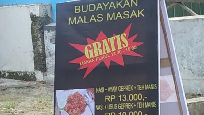 Baliho ayam geprek