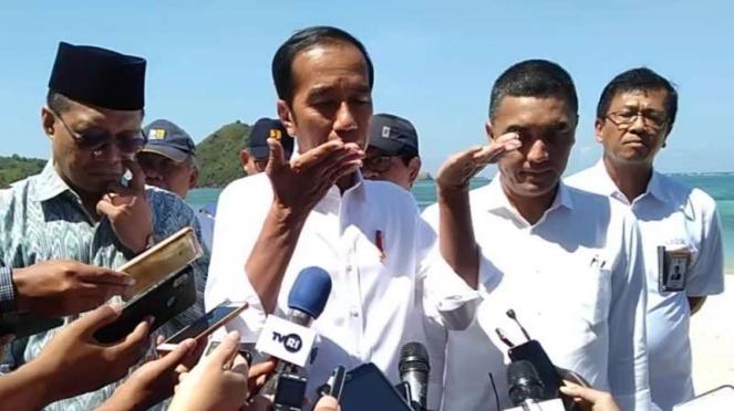Presiden, Joko Widodo saat mengunjungi pembangunan Sirkuit MotoGP di Lombok