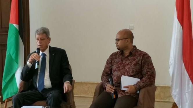 Duta Besar Palestina untuk Indonesia, Zuhair Al Shun (kiri)