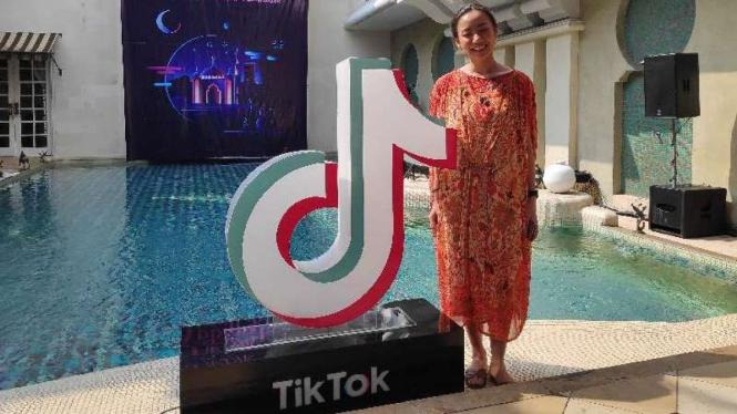 Tik Tok Community Manager, Natasha Surya.