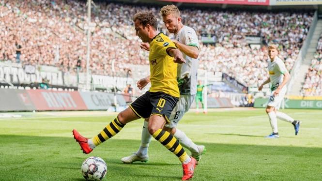 Pertandingan Borussia Moenchengladbach vs Borussia Dortmund